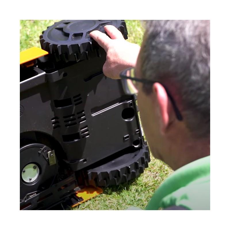 Wartung und Reinigung für Ambrogio L60 und Wiper Blitz Modelle